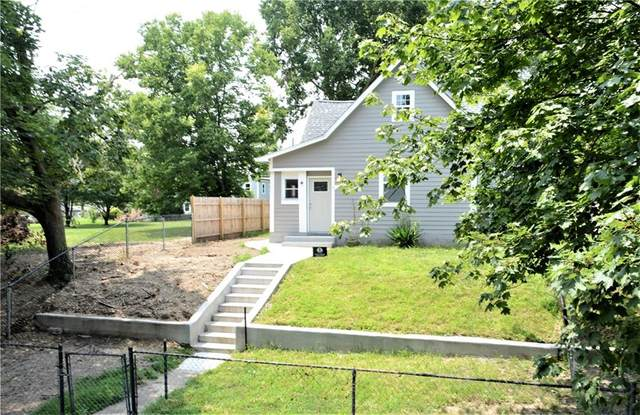 2616 Boulevard Place, Indianapolis, IN 46208 (MLS #21802691) :: AR/haus Group Realty