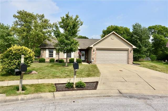 109 Bumblebee Court, Greenfield, IN 46140 (MLS #21802708) :: AR/haus Group Realty