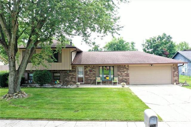 605 Nelson Drive, Brownsburg, IN 46112 (MLS #21802752) :: RE/MAX Legacy
