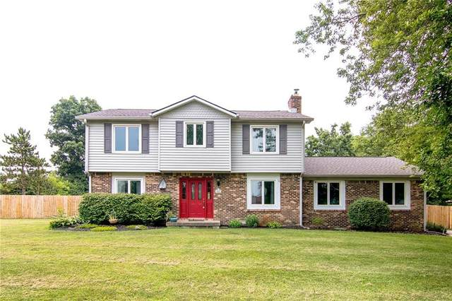 1003 S Shady Creek Drive, Greenfield, IN 46140 (MLS #21802769) :: AR/haus Group Realty