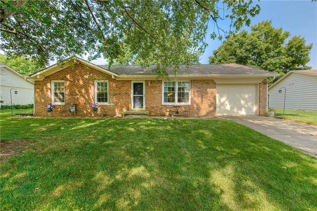 604 Willow Drive, Danville, IN 46122 (MLS #21803006) :: The ORR Home Selling Team