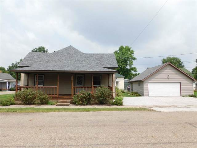 318 E Middle Street, Rosedale, IN 47874 (MLS #21803036) :: Mike Price Realty Team - RE/MAX Centerstone