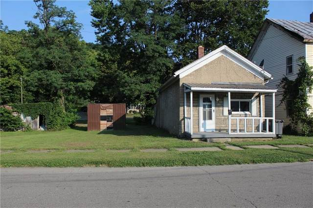 117 S Central Avenue, Connersville, IN 47331 (MLS #21803288) :: The Indy Property Source