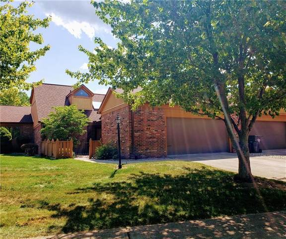 144 College Parkway 15B, Anderson, IN 46012 (MLS #21803373) :: The Evelo Team
