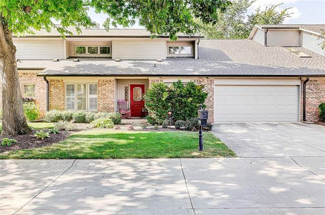 1022 Stratford Hall, Indianapolis, IN 46260 (MLS #21803561) :: The Evelo Team