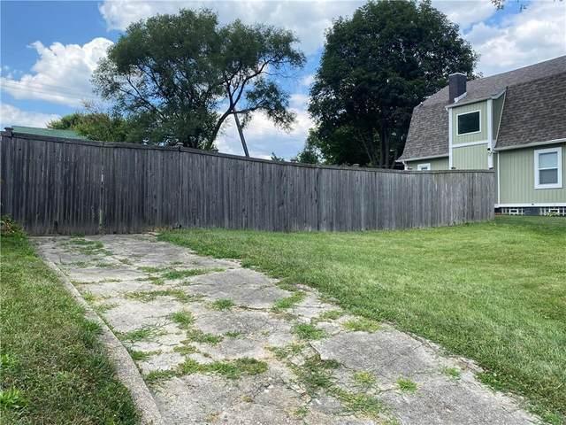 2822 Carrollton Avenue, Indianapolis, IN 46205 (MLS #21803785) :: Heard Real Estate Team | eXp Realty, LLC