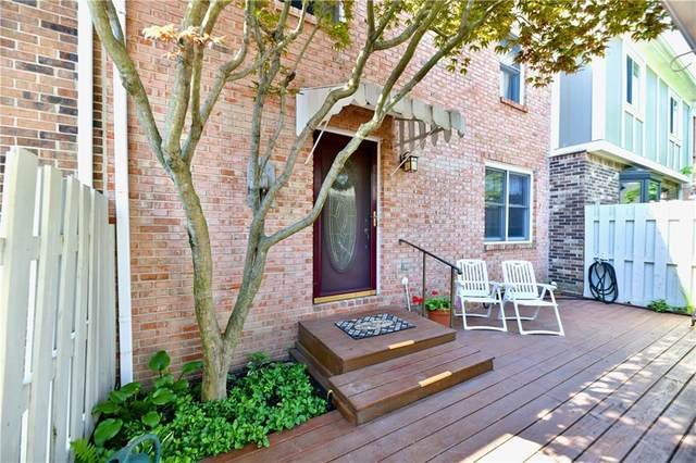 195 Aspen Way, Carmel, IN 46032 (MLS #21803844) :: Heard Real Estate Team | eXp Realty, LLC