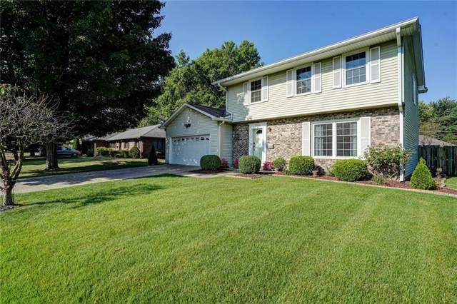 3302 Beech Drive, Columbus, IN 47203 (MLS #21804103) :: The Indy Property Source