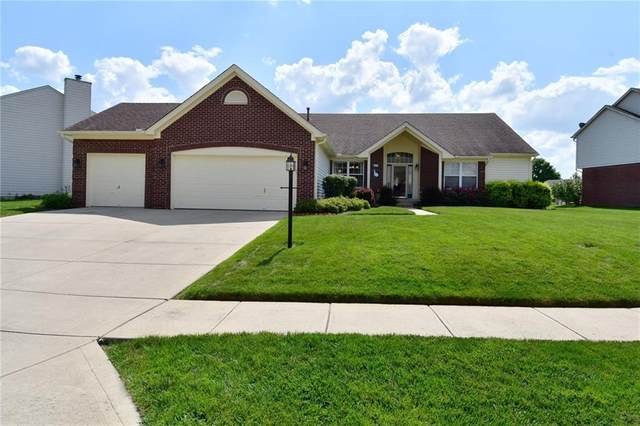 8133 Winterset Circle, Indianapolis, IN 46214 (MLS #21804130) :: Mike Price Realty Team - RE/MAX Centerstone
