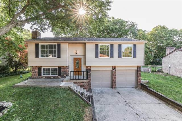 6845 S Lawndale Avenue, Indianapolis, IN 46221 (MLS #21804150) :: The Indy Property Source