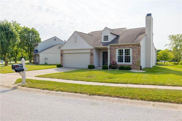8525 Buffalo Ridge Drive, Indianapolis, IN 46227 (MLS #21804336) :: Mike Price Realty Team - RE/MAX Centerstone