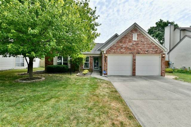 11527 W Jamestown Drive W, Fishers, IN 46038 (MLS #21805491) :: Mike Price Realty Team - RE/MAX Centerstone
