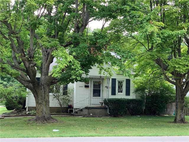 2404 E 10th Street, Anderson, IN 46012 (MLS #21805546) :: The Evelo Team