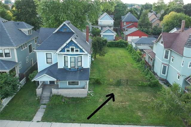 2328 N Delaware Street, Indianapolis, IN 46205 (MLS #21805703) :: The Evelo Team