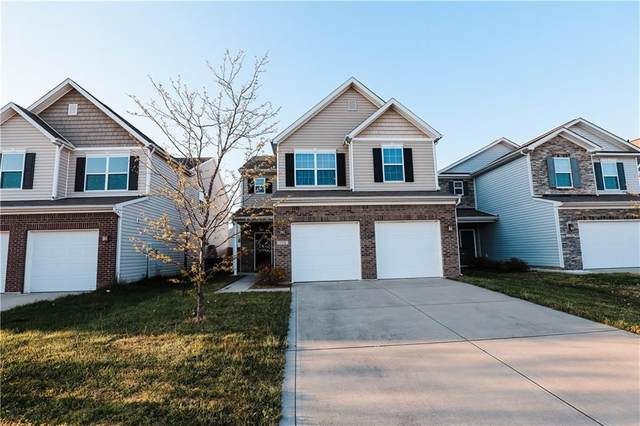2318 Shadow Bend Drive, Columbus, IN 47201 (MLS #21806730) :: The Indy Property Source