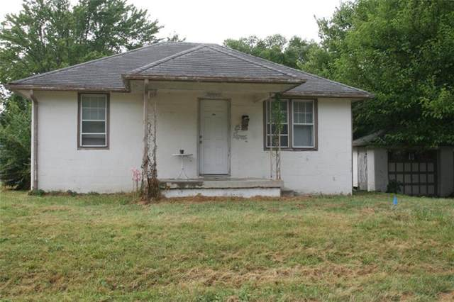 615 Lennox Street, Anderson, IN 46012 (MLS #21808514) :: The Evelo Team
