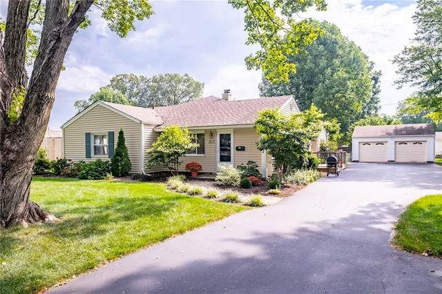 3207 Westenedge Drive, Columbus, IN 47203 (MLS #21808534) :: Mike Price Realty Team - RE/MAX Centerstone