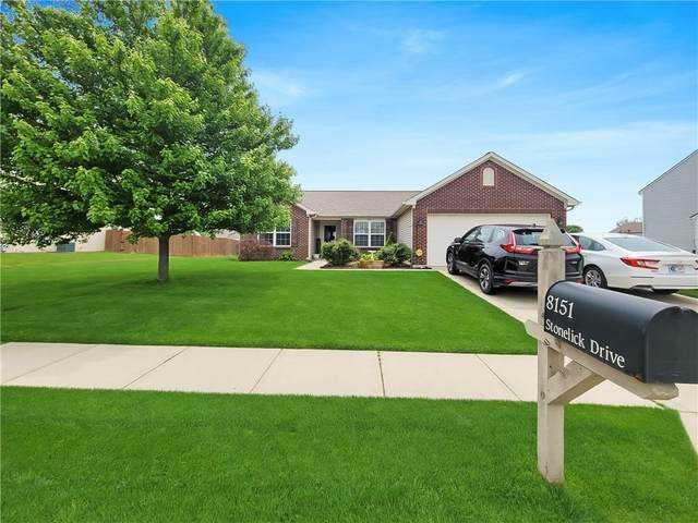 8151 Stonelick Drive, Avon, IN 46123 (MLS #21808968) :: Mike Price Realty Team - RE/MAX Centerstone