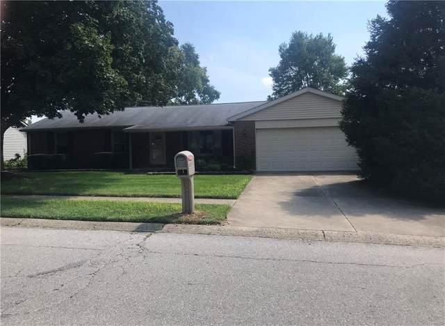 2823 Fox Pointe Drive, Columbus, IN 47203 (MLS #21809052) :: The Evelo Team