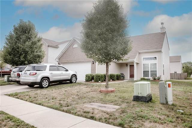 7460 Pipestone Drive, Indianapolis, IN 46217 (MLS #21809100) :: Ferris Property Group