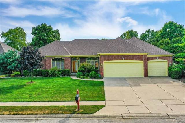 7438 Royal Oakland Drive, Indianapolis, IN 46236 (MLS #21809253) :: The Indy Property Source