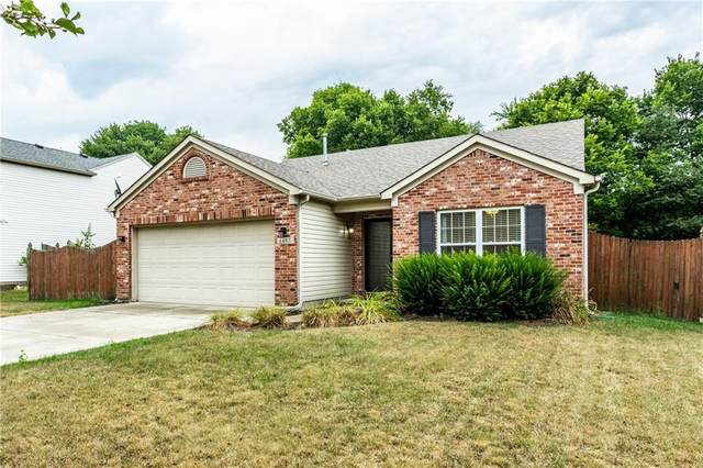 4405 Mahogany Drive, Greenwood, IN 46143 (MLS #21809346) :: Mike Price Realty Team - RE/MAX Centerstone