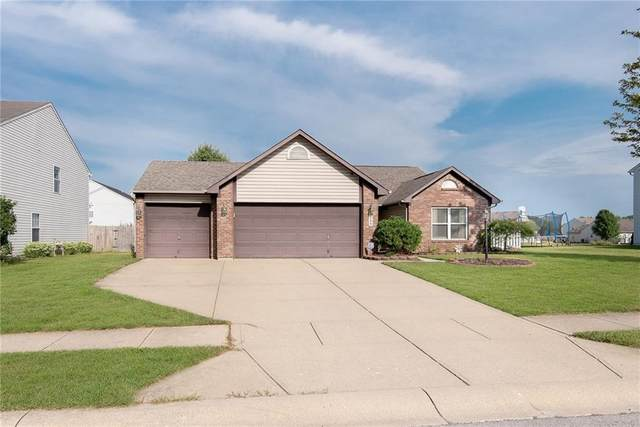 225 Brooks Way, Pittsboro, IN 46167 (MLS #21809350) :: Mike Price Realty Team - RE/MAX Centerstone