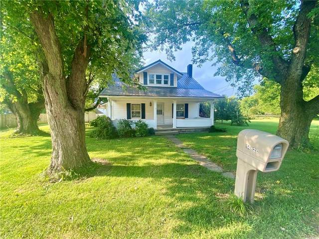 14920 W Main Street, Daleville, IN 47334 (MLS #21810003) :: The ORR Home Selling Team