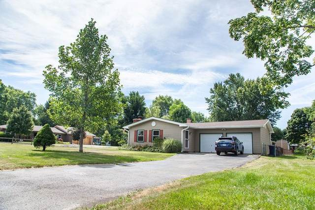 671 Lakeview Drive, Noblesville, IN 46060 (MLS #21810318) :: Mike Price Realty Team - RE/MAX Centerstone