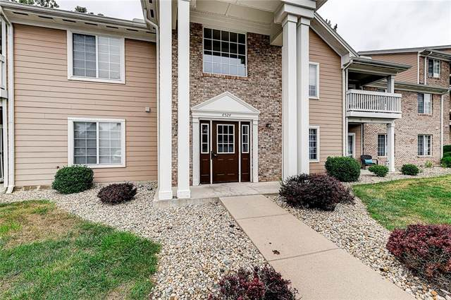 6524 Emerald Hill Court #206, Indianapolis, IN 46237 (MLS #21810719) :: Pennington Realty Team