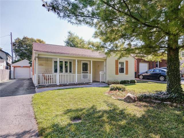 825 N Whittier Place, Indianapolis, IN 46219 (MLS #21810827) :: Pennington Realty Team