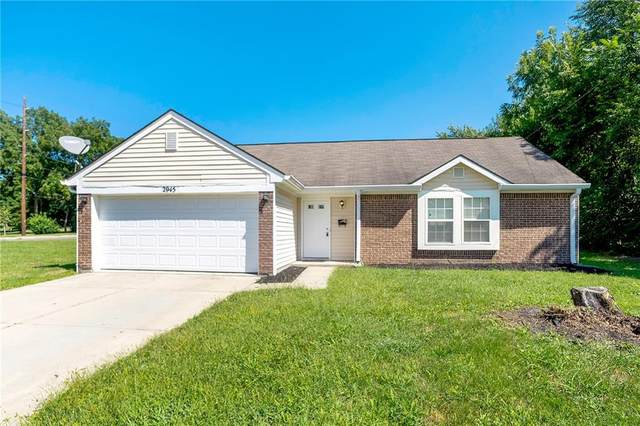 2945 Eastern Avenue, Indianapolis, IN 46218 (MLS #21811593) :: Mike Price Realty Team - RE/MAX Centerstone