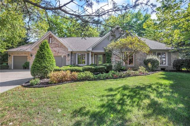 15 Cedar Crest, Zionsville, IN 46077 (MLS #21811598) :: The ORR Home Selling Team