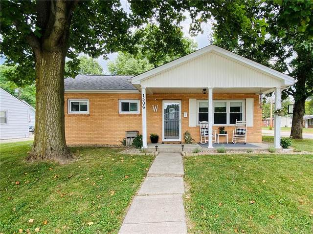1306 Cottage, Middletown, IN 47356 (MLS #21811736) :: Richwine Elite Group