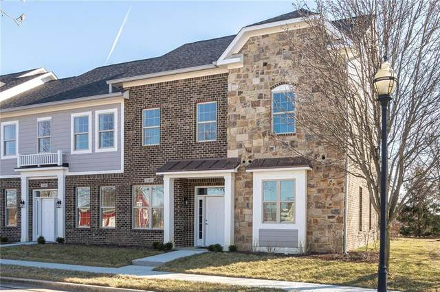 7147 Governors Row, Avon, IN 46123 (MLS #21811818) :: Ferris Property Group