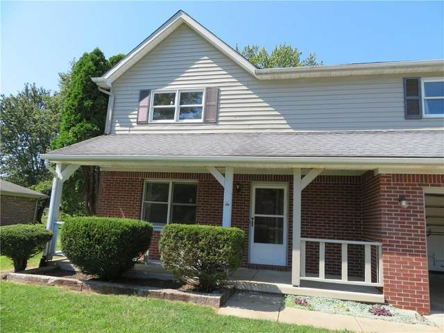 422 Old Farm Road, Danville, IN 46122 (MLS #21812194) :: Mike Price Realty Team - RE/MAX Centerstone