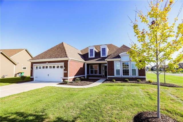 4136 Hunt Club Parkway, Bargersville, IN 46106 (MLS #21812312) :: Mike Price Realty Team - RE/MAX Centerstone