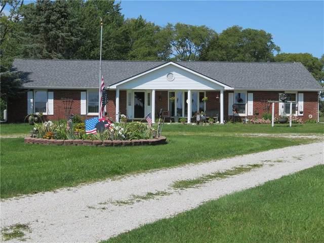 2376 E 800 N, Alexandria, IN 46001 (MLS #21812374) :: The ORR Home Selling Team