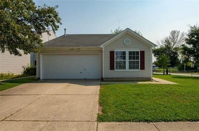 1293 Kenwood Drive, Greenwood, IN 46143 (MLS #21812507) :: Richwine Elite Group