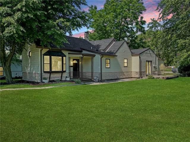 2216 Forkner Street, Anderson, IN 46016 (MLS #21812510) :: Richwine Elite Group
