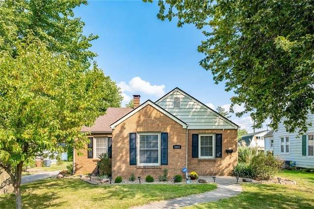 2223 Home Avenue, Columbus, IN 47201 (MLS #21812840) :: Mike Price Realty Team - RE/MAX Centerstone