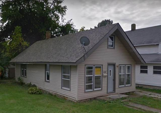 2231 Walnut Street, New Castle, IN 47356 (MLS #21812961) :: Heard Real Estate Team | eXp Realty, LLC