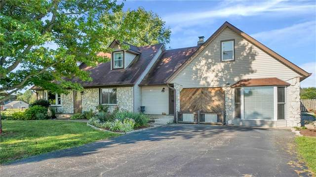 10722 N Antioch Road, Mooresville, IN 46158 (MLS #21813043) :: Mike Price Realty Team - RE/MAX Centerstone