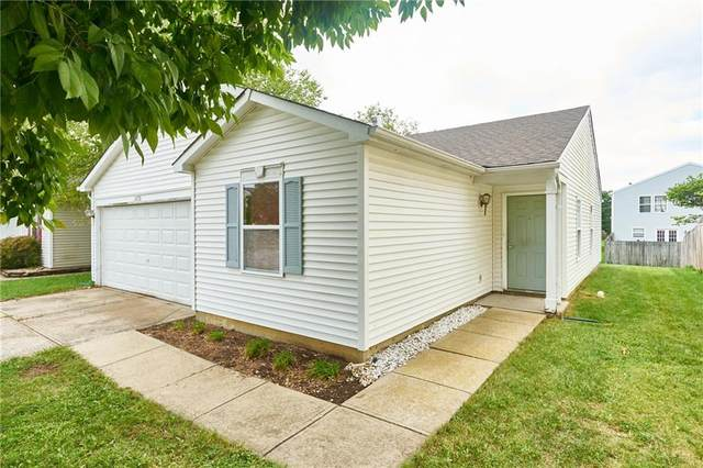 2276 Providence Court, Greenwood, IN 46143 (MLS #21813068) :: Pennington Realty Team