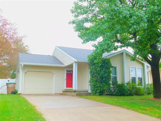 1851 Peppertree Lane, Columbus, IN 47203 (MLS #21813497) :: Mike Price Realty Team - RE/MAX Centerstone