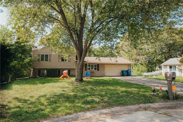 1030 Bogalusa Court, Indianapolis, IN 46217 (MLS #21813595) :: Dean Wagner Realtors