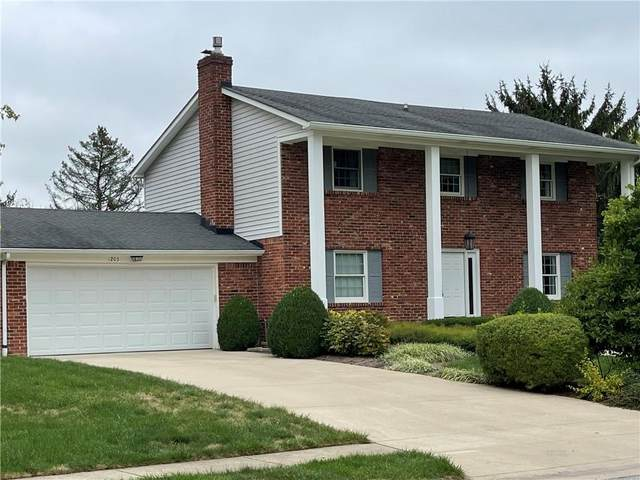1203 Sherwood Drive, Greenfield, IN 46140 (MLS #21813669) :: AR/haus Group Realty