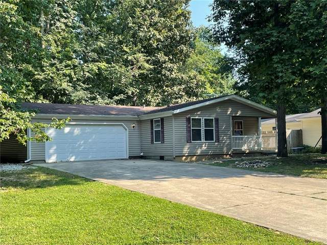 181 Lazy River Court, Cloverdale, IN 46120 (MLS #21813865) :: Richwine Elite Group