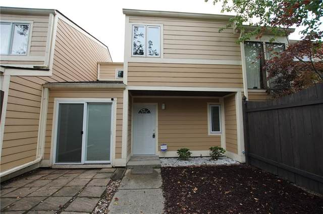 5185 Fairway Drive #2, Avon, IN 46123 (MLS #21813913) :: Ferris Property Group