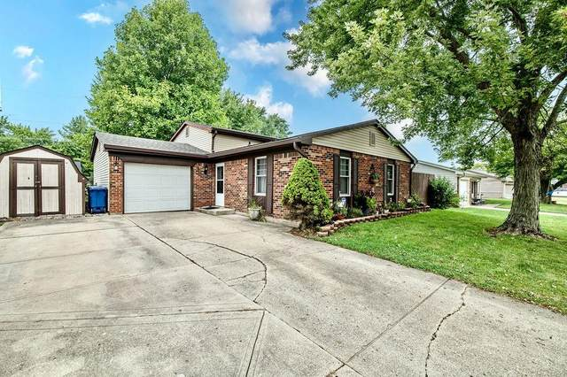 1532 Canterbury Drive, Shelbyville, IN 46176 (MLS #21813986) :: David Brenton's Team